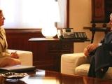 La alcaldesa pide colaboración al presidente Valcárcel para la puesta en marcha de un nuevo auditorio
